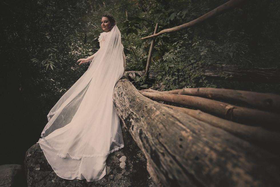 fotografia-noiva-floresta-bucólico-retrato.jpg