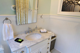 ROOM-11-BATH-rev.jpg