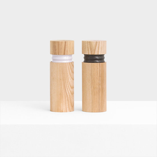 Bellow Salt and Pepper Grinders - By Vitamin