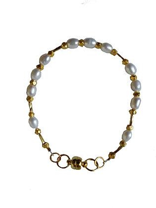 Pearl Stacker Bracelet