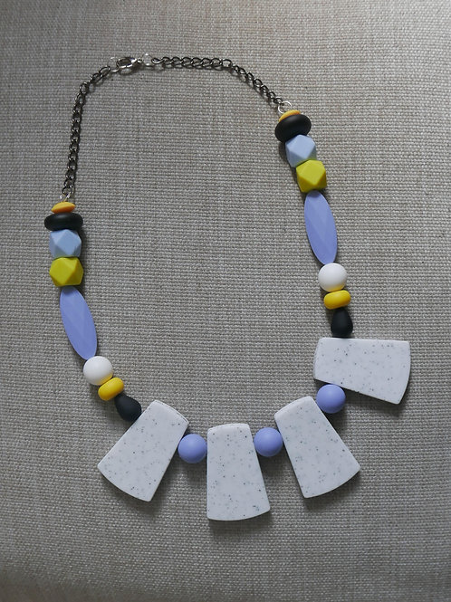 PASTEL NECKLACE