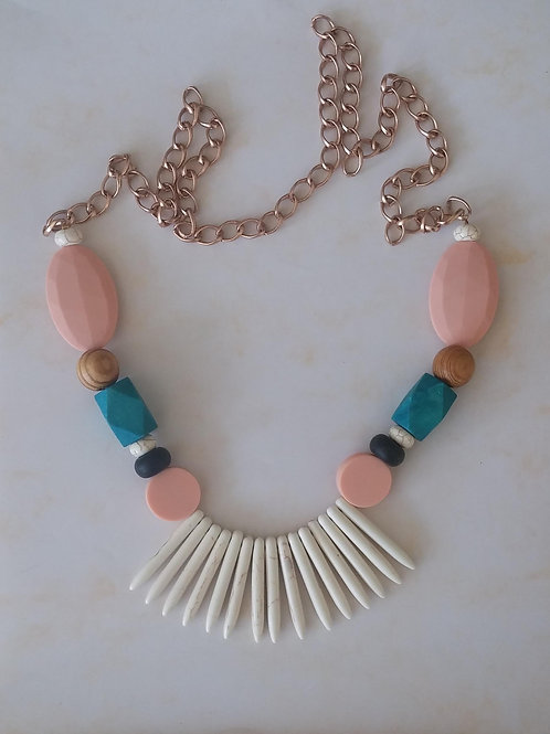 THE INDIAN NECKLACE