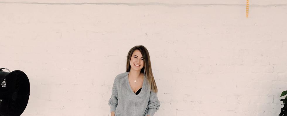 photo-of-woman-wearing-gray-sweater-1029