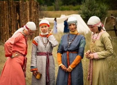 Костюмы средневековья