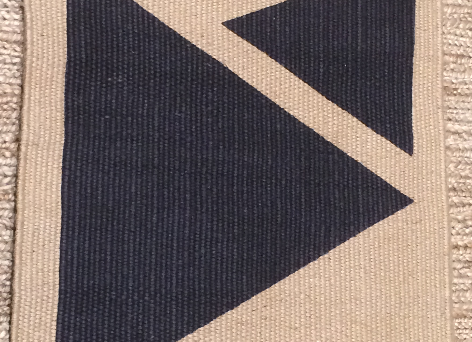 Triangle Charcoal 75x50