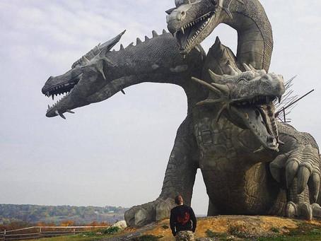 El Dragón de Tres Cabezas