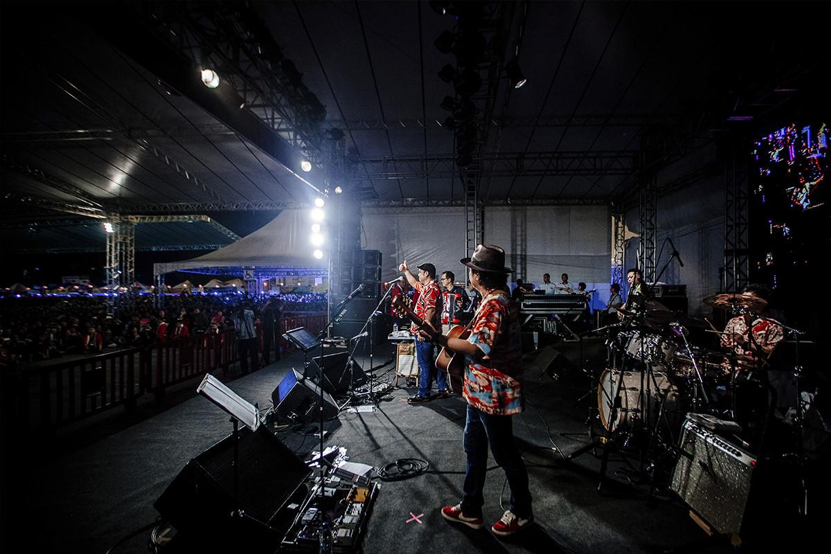 Show Begin - Okinawa Festival