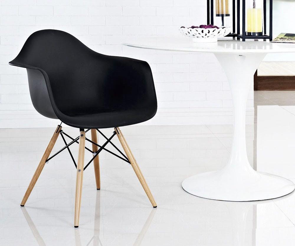 Cadeira luxo preta com braço Safanelli