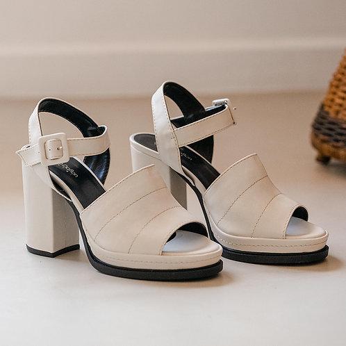 Sandália Salto Alto Fashion