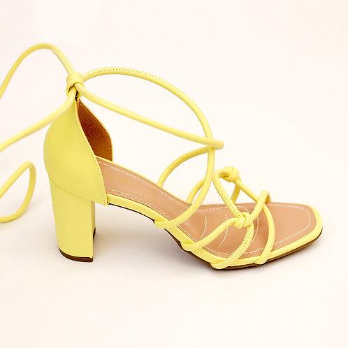 Sandália Trançada Amarela