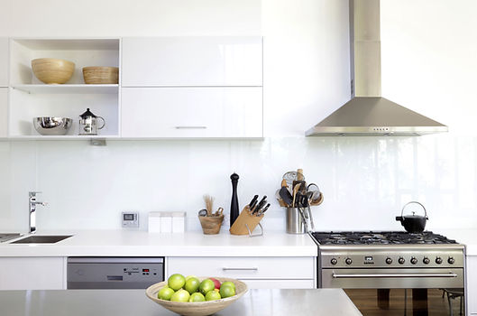 Kitchen appliances, Oven, dishwasher & vent hood