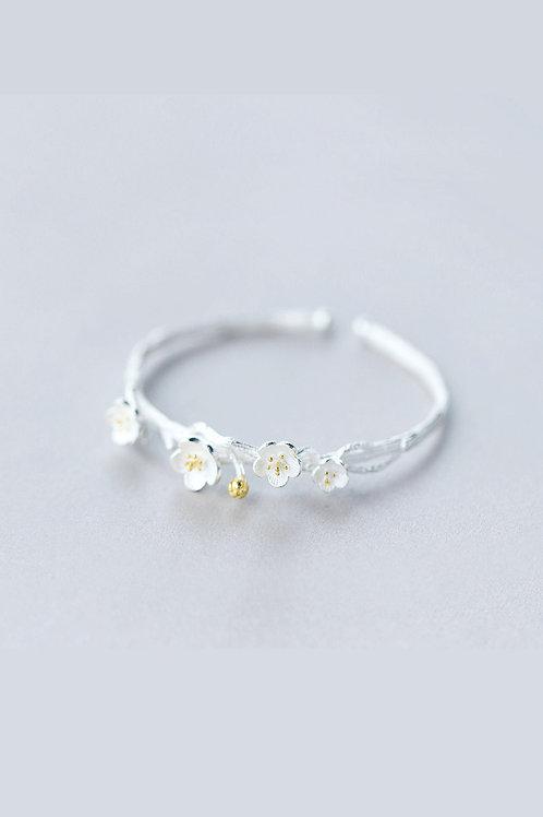 Plum Flower Bracelet