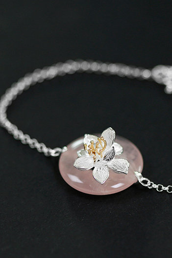 Adjustable  Cristal Lotus Bracelet