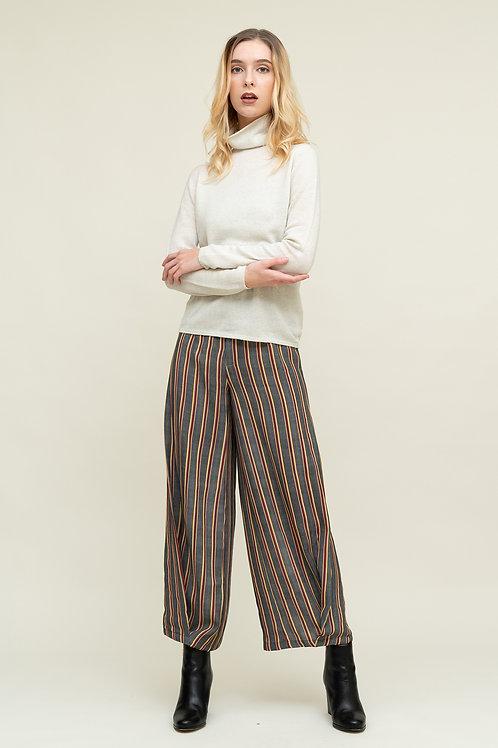 Ecru Emissary   White Leonora Wool Sweater