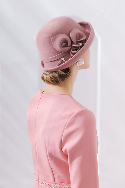 Ecru Emissary | Pink Broccoli Wool Hat