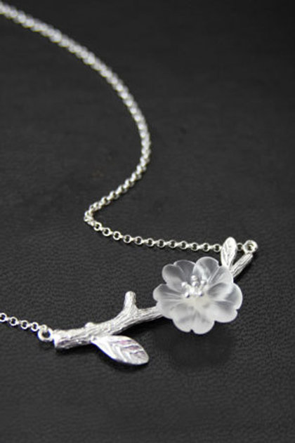 Handmade Crystal Flower Necklace