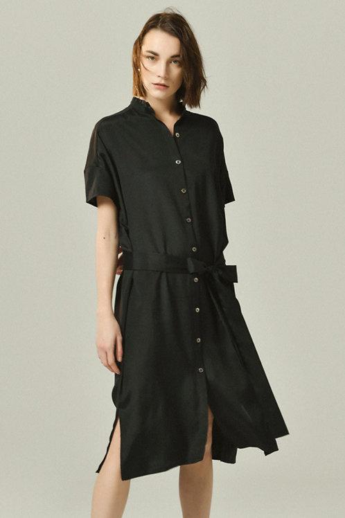 Ecru Emissary | Classic Short Shirt Dress