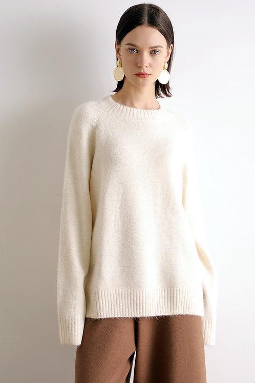 Ecru Emissary | Momika Sweater