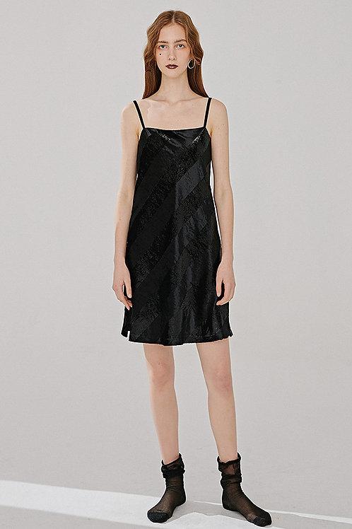 Vanessa Liu | Velvet Dress