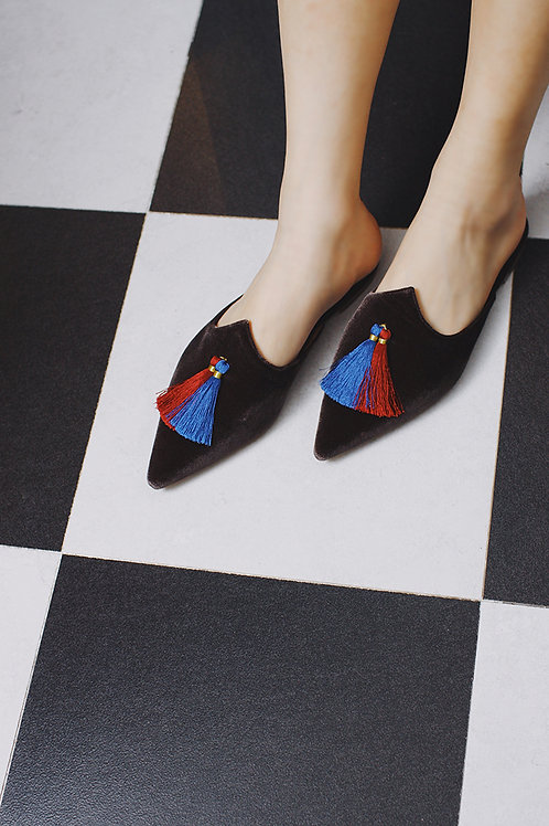 Truble Maaker | Tassels Slide