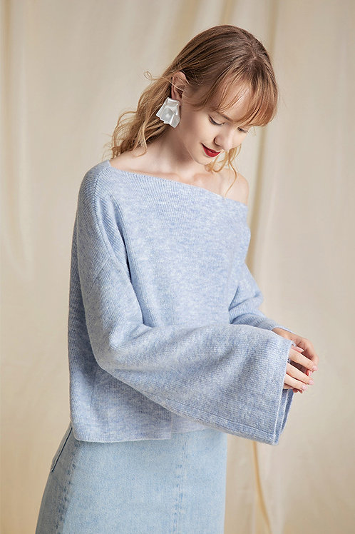 Ecru Emissary | Blue Serenity Sweater