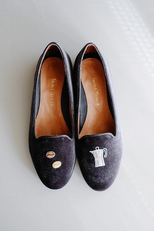 Velvet Embroidered Slippers