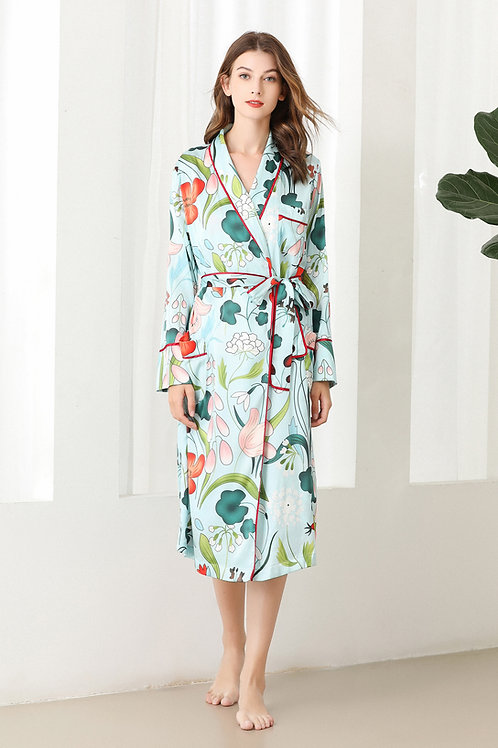 Lykke Home | 19 Momme Mulberry Silk Floral Robe Dressing Gown