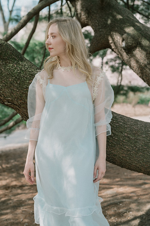 Ecru Emissary | Feyette Midi Dress
