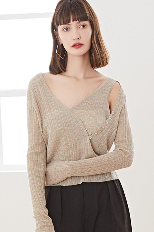 Ecru Emissary | Asymmetrical Knit Top