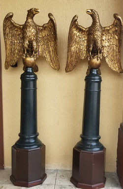 Two American Eagles with pedestal i