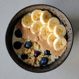 Banana and Blueberry Breakfast Bowl : Blue Label