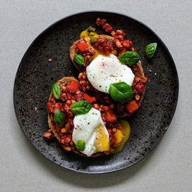 Poached Eggs on Beans on Toast : Red Label