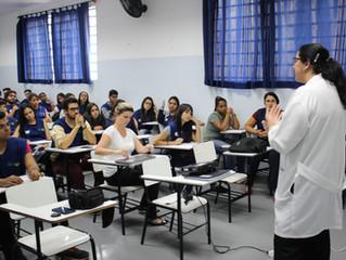 Bezerra de Menezes leva palestra sobre Saúde Mental à Jovens do CIEE.
