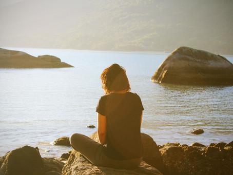 Los Mitos de la Meditación: 3 Cosas que Debes Saber Antes de Comenzar Tu Práctica.