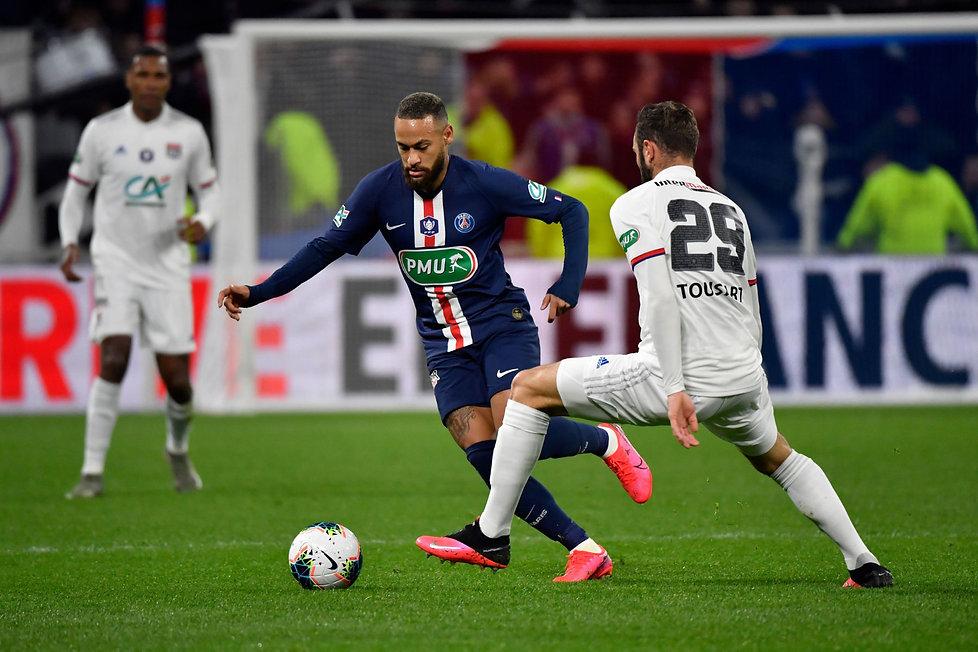 Neymar-Lyon-vs-PSG-Coupe-de-France-2020.