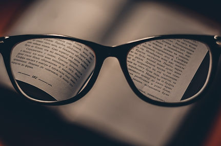 Through%20the%20reading%20glasses_edited