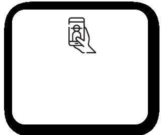 Profissional registrando imagens do paciente pelo aplicativo