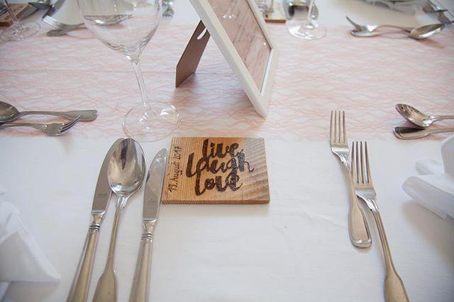 Our #selfmade #guestpresent #wedding #wedding #vintagewedding #woodburning #pyrography #wood #austri