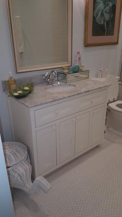 Brunswick Garden Kensington Bathroom_edited.jpg