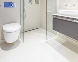 bathroom (9)_edited.jpg