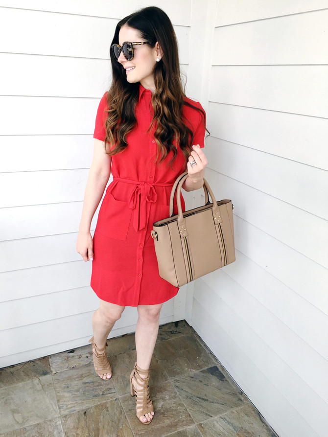"Style blogger Veronika talks about why she is in love with sight's 14"" everyday tote!"