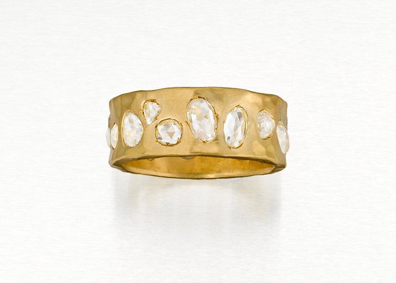 Lynnie Ring