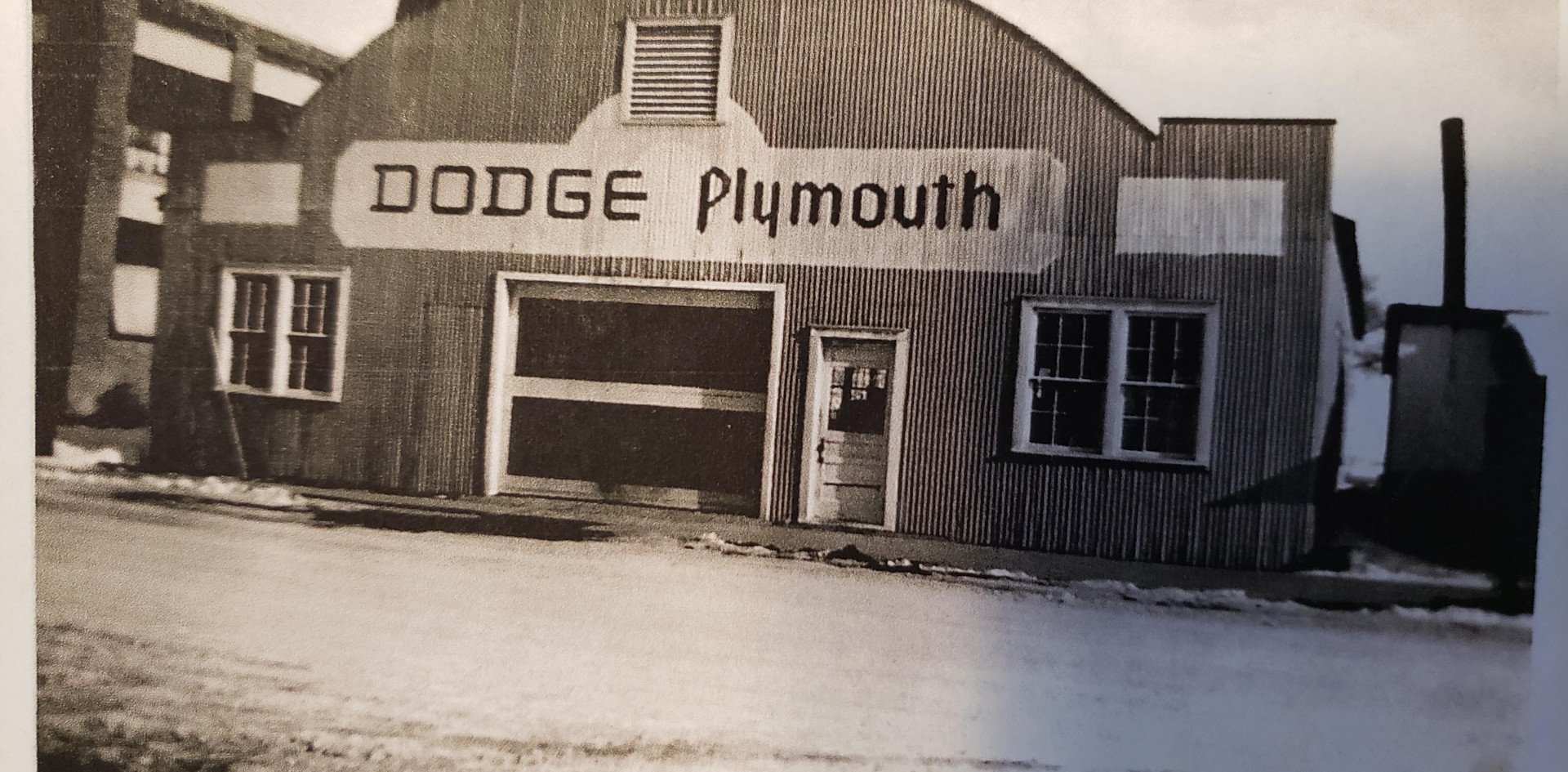 Dodge Plymouth.jpg