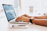 Marketing Digital   Nunca se falou tanto em marketing digital como nos últimos tempos, e com razão, pois se trata de um canal incrível para divulgar sua marca, ser assertivo com seu público e potencializar suas vendas.  Considerado um fator crucial para o sucesso de um negócio, o marketing digital só funciona quando é bem planejado e executado. Por esse motivo, entendemos que a análise, o planejamento e a ação são pilares fundamentais em campanhas de marketing digital.  Criamos um planejamento de marketing digital desenvolvido exclusivamente para sua marca, definindo os melhores caminhos para atuação da sua empresa no ambiente digital.