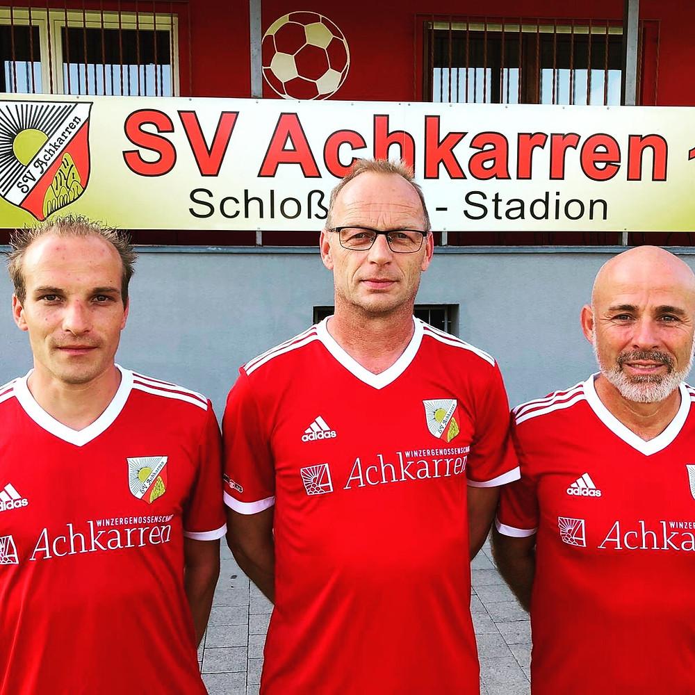 Trainerduo Alex Vordisch und Daniel Hug mit Sjacky Bühler