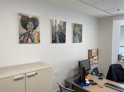 מגוון ציורים - במשרד