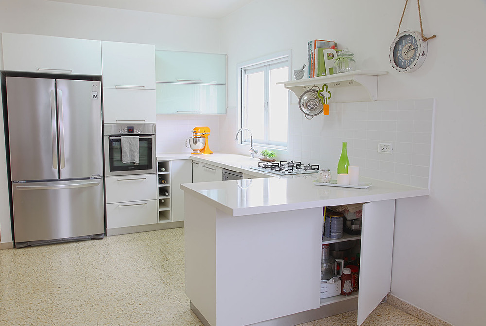 פינה במטבח - צילום: רותם בנעים