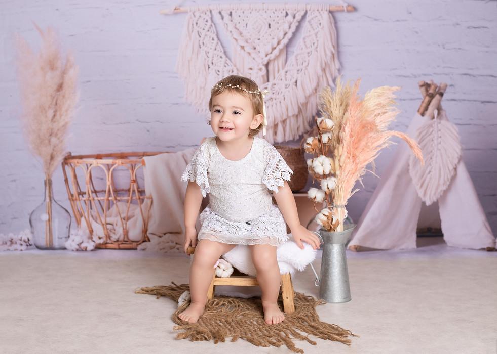 lucy cast photo bébé