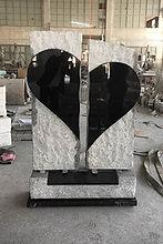 Large_Light_grey_and_black_broken_heart.