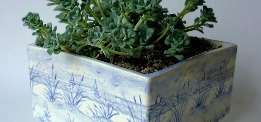 Blue Dunes square planter